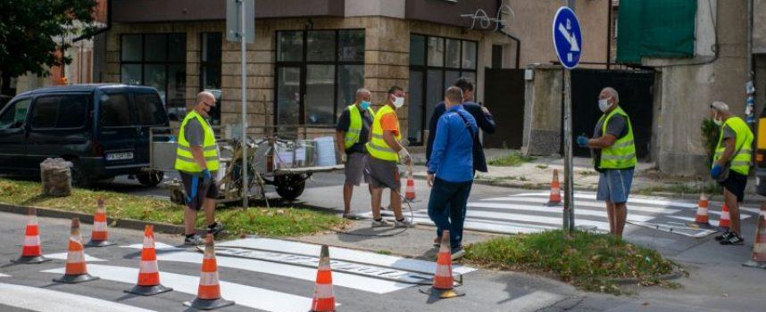 Тодор Попов: Обновяваме маркировката и пътните знаци,  призовавам водачите  да шофират внимателно, особено около учебните заведения