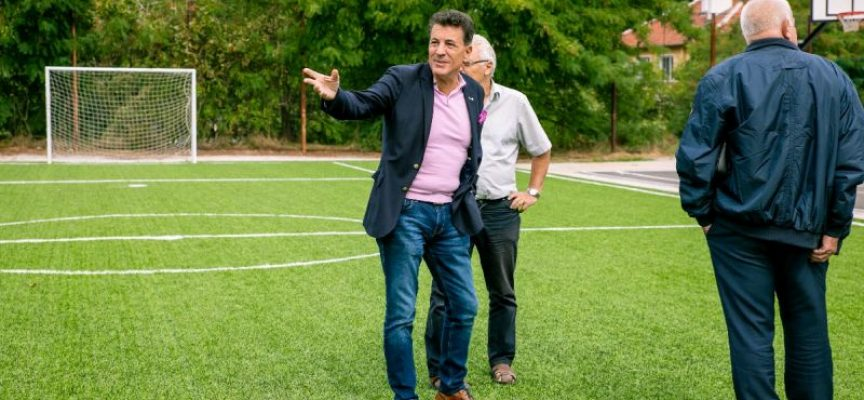 Тодор Попов: И училището в Паталеница вече разполага с игрища за баскетбол, волейбол и футбол