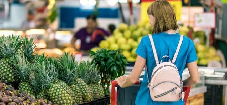 Пет съвета, с които да спестите пари, когато пазарувате