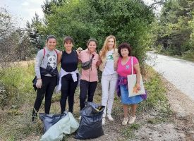 Десетки доброволци чистиха крайбрежието на язовир Батак, подкрепиха ги Николаос Цитиридис и Виктория Готева