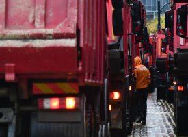 Четвърти национален протест на пътни фирми затапи центъра на София