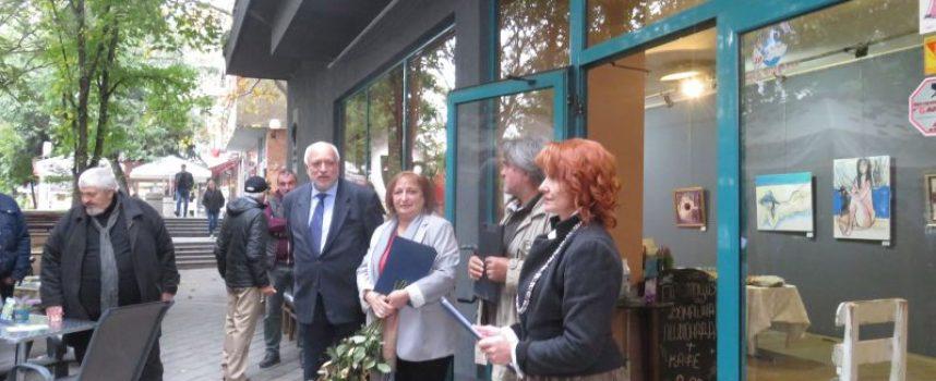 Министър Минеков дойде в Пазарджик за Годишната изложба на представителството на СБХ